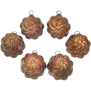Set 6 Individual Copper Swirl Pudding Molds