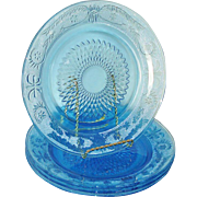 Firna Fleur De Lis Blue Glass Dinner Plates Set 4
