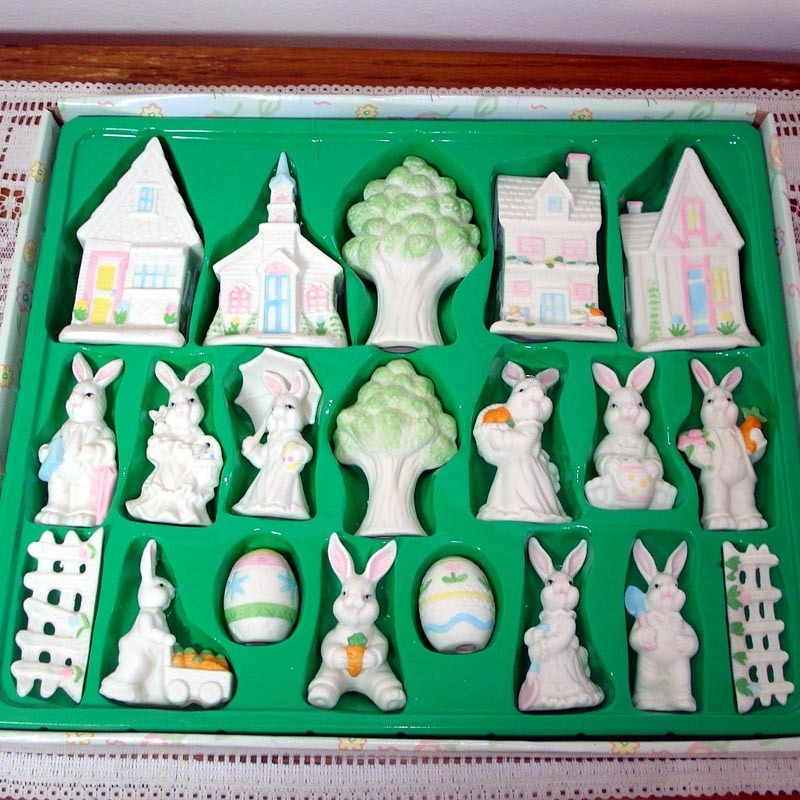 20 Piece Ceramic Easter Bunny Village Display Set MIB