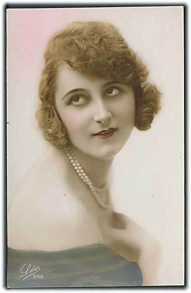 """French Glamour Lady   2""  (1930')"