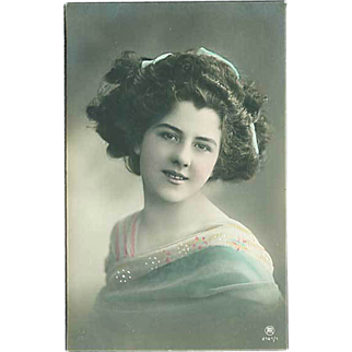"""""""Young Lady""""  (1920')"""