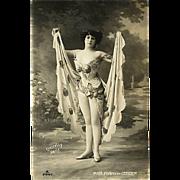 """Melle Fenny de Gender""  (1908)"