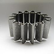 Vintage Modernist Silver Burnished Metal Stretch Bracelet Expansion Geometric Stretchy