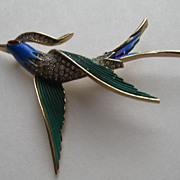 Vintage Crown Trifari Swallow Bird Art Deco Design Enamel Figural Pin Brooch