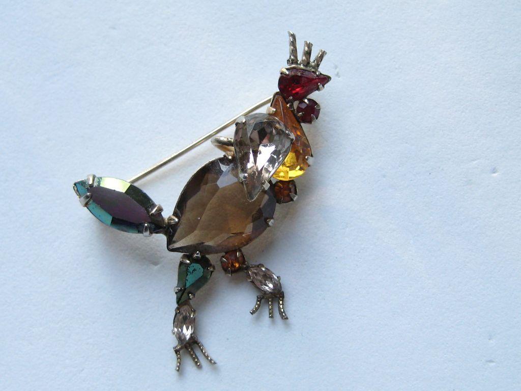 """Vintage Schreiner SIGNED """" ROOSTER"""" Chicken Rare Figural New York Rhinestone Brooch Pin"""