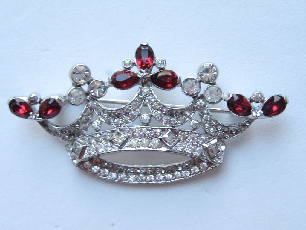 Vintage Crown Trifari  RARE EARLY Rhodium Ruby Red Pave Clear Rhinestone REGAL