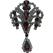 Vintage Weiss BEAUTIFUL RUBY RED Clear Rhinestone Brooch Pin