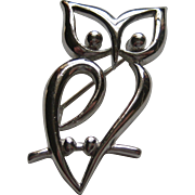 Vintage Crown Trifari OWL Silver Tone Bird Figural Pin Brooch Modern Abstract 1960's
