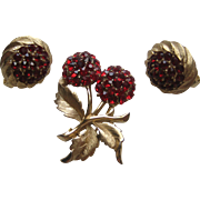 "Vintage Crown Trifari ""MINI""  Flower Floral RED Rhinestone Brooch Pin Earrings Set Signed"