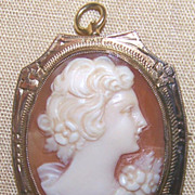 10K Shell Cameo Pin Pendant Gold
