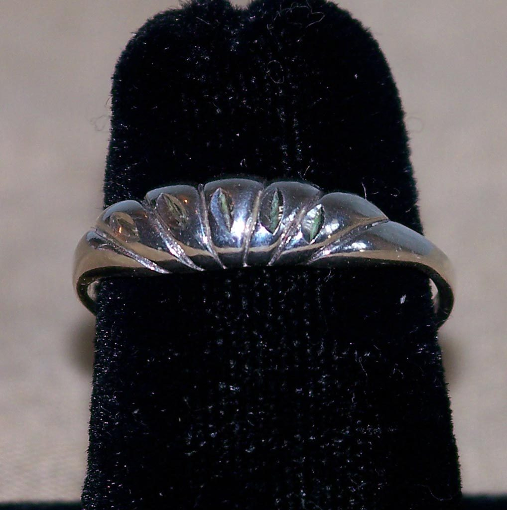 Sterling Diamond Cut Modernist Shrimp Ring Size 7 SS Dimensional Silver