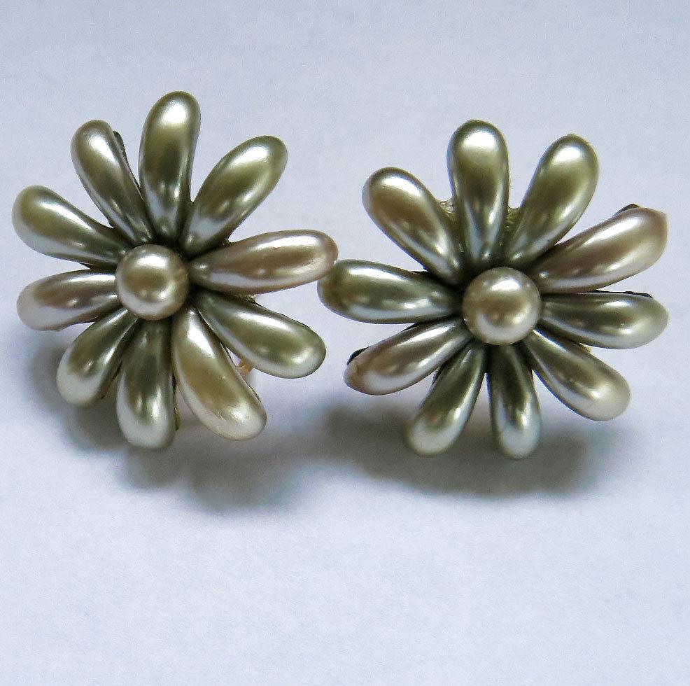 Vintage Pearlized Satin Earrings Screw Back Faux Pearls