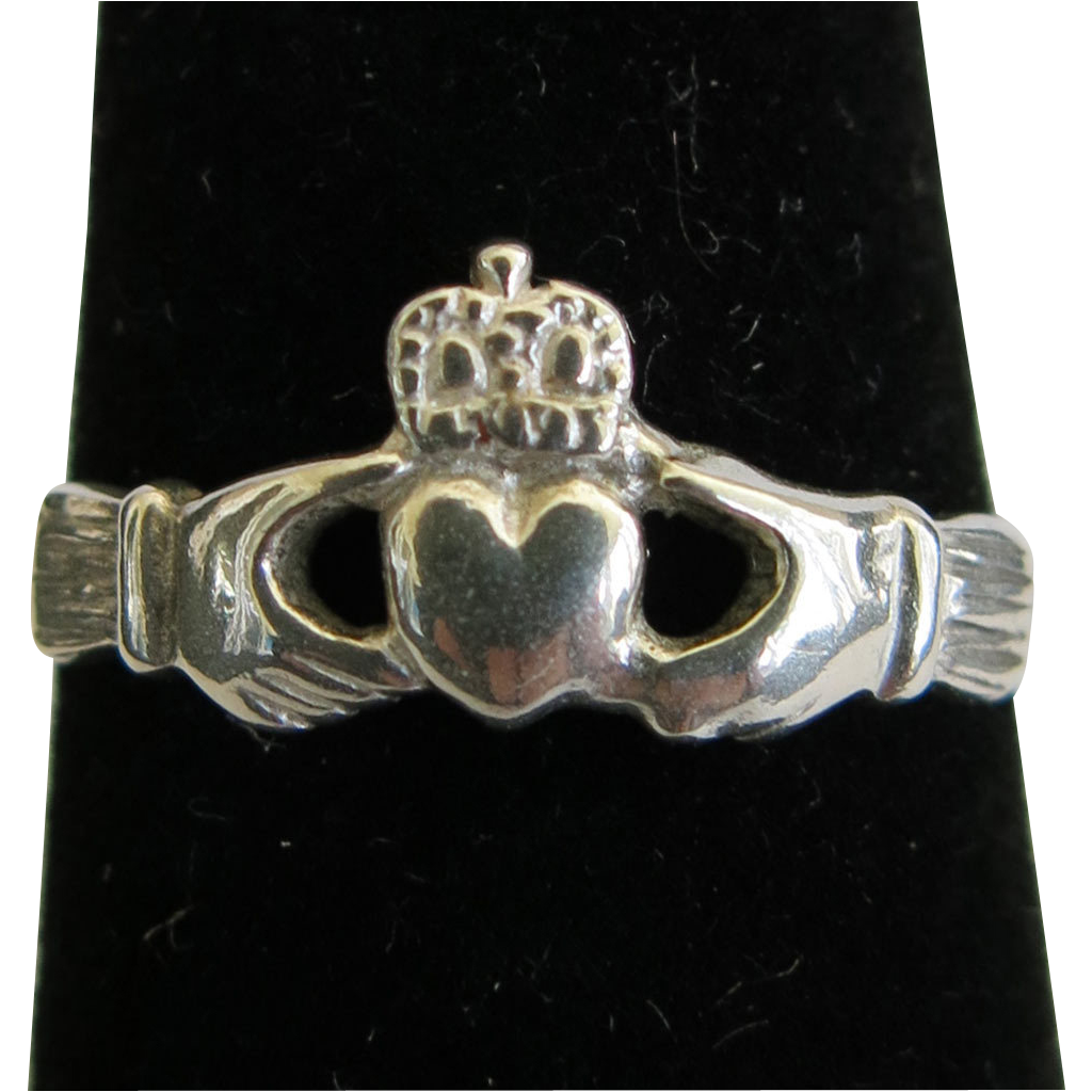 Sterling Silver Claddagh Ring Size 5 Vintage