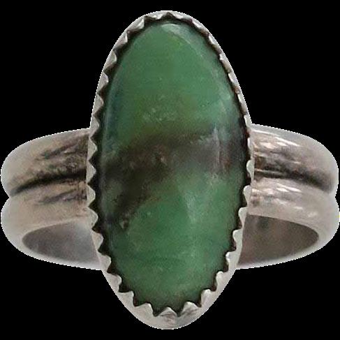 Vintage Gaspeite Sterling Silver Ring Modernist Size 6.5
