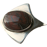 Vintage Red Jasper Modernist Stingray Pin SS Silver GFMW Sterling ca 1980