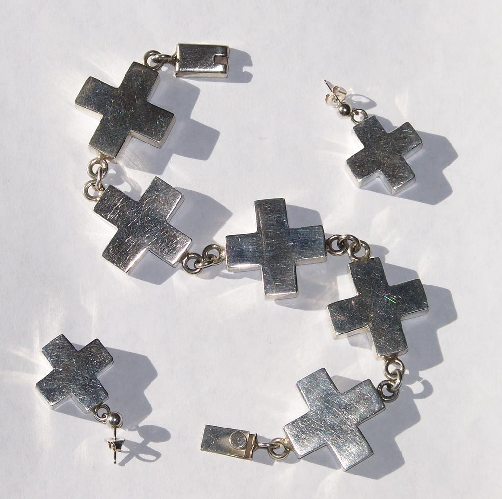 Taxco Dimensional Modernist Sterling Silver Cross Bracelet Earring Set  49.1 grams