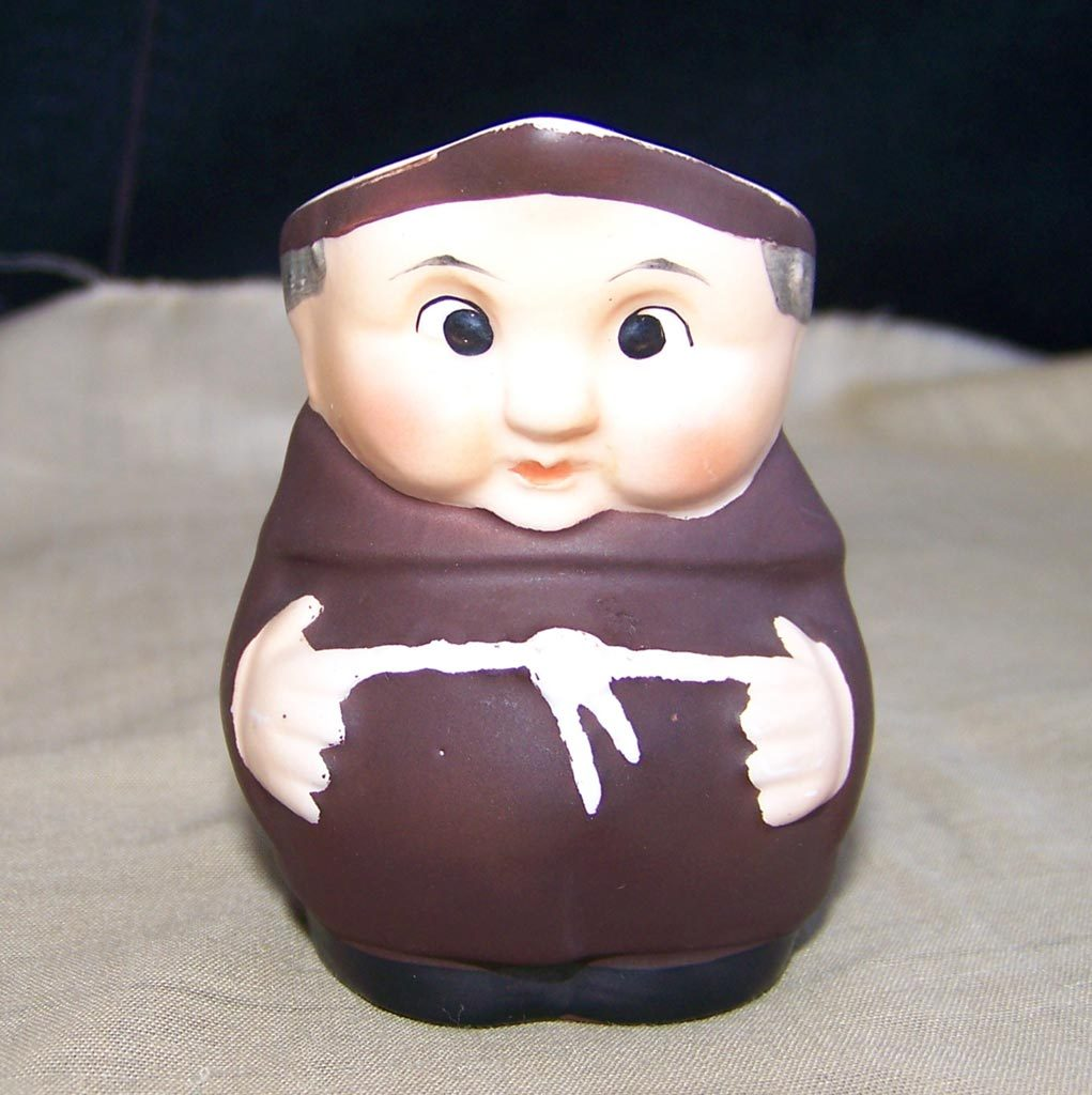 Goebel Friar Tuck Monk S 141/2/0 Tiny Creamer Pitcher 1950s