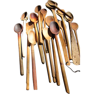 """18 Vintage Wooden Spoons - 8"""" to 21 3/4"""""""