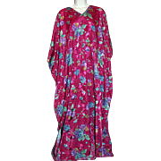 Long Gown Caftan Women's Vintage Lounge Dress One Size Maxi Fuchsia Flowers Boho Hippie