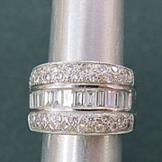 Fabulous Lady's 14K White Gold 3 Carats Diamonds Ring