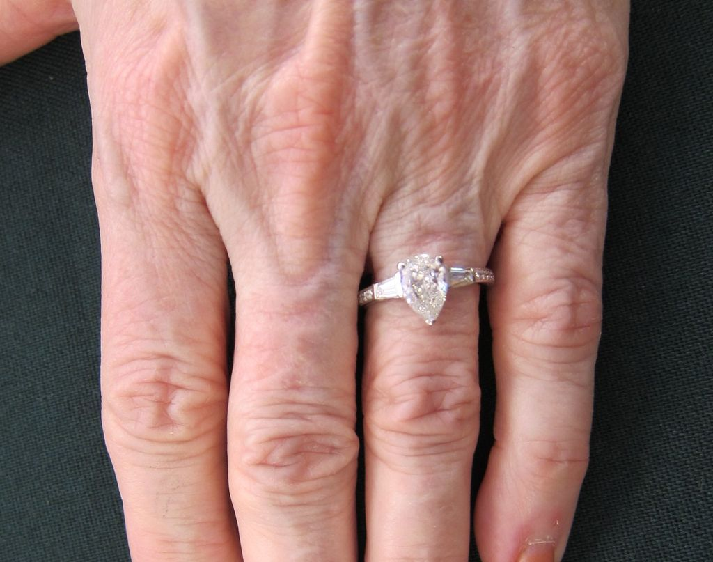 New wedding rings for newlyweds: Pear cut engagement rings ireland