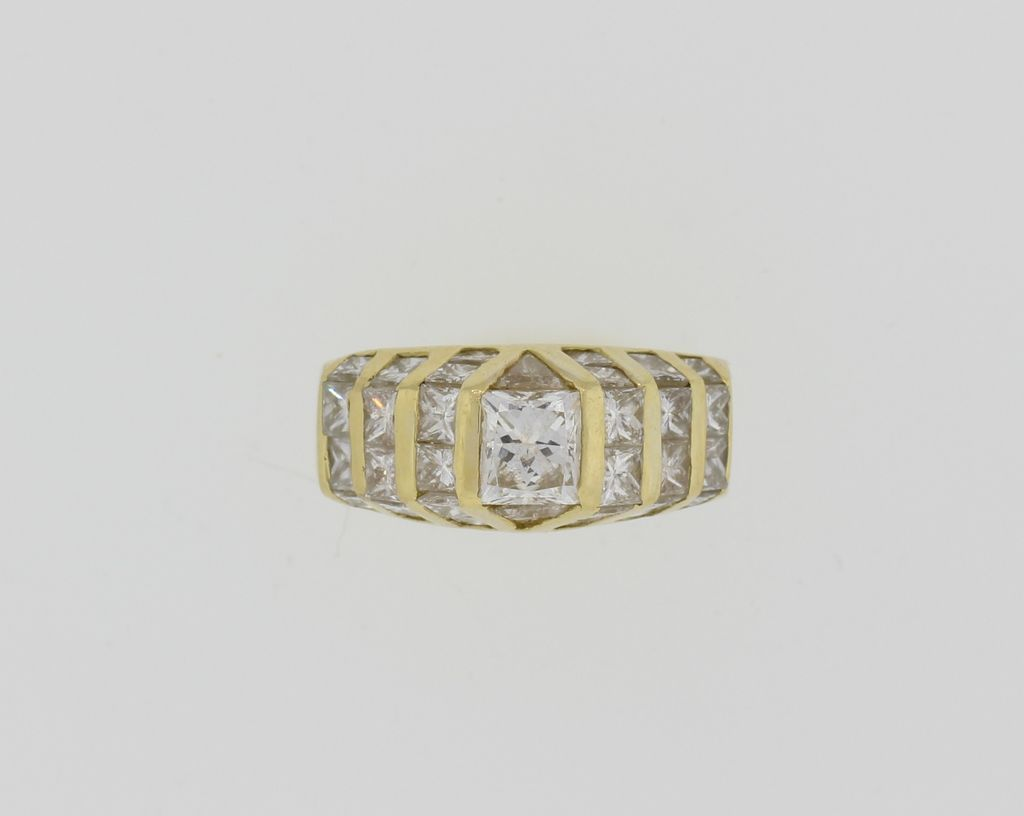 18K Lady's Yellow Gold Approximately 3 1/2 Carat VS Diamond Ring