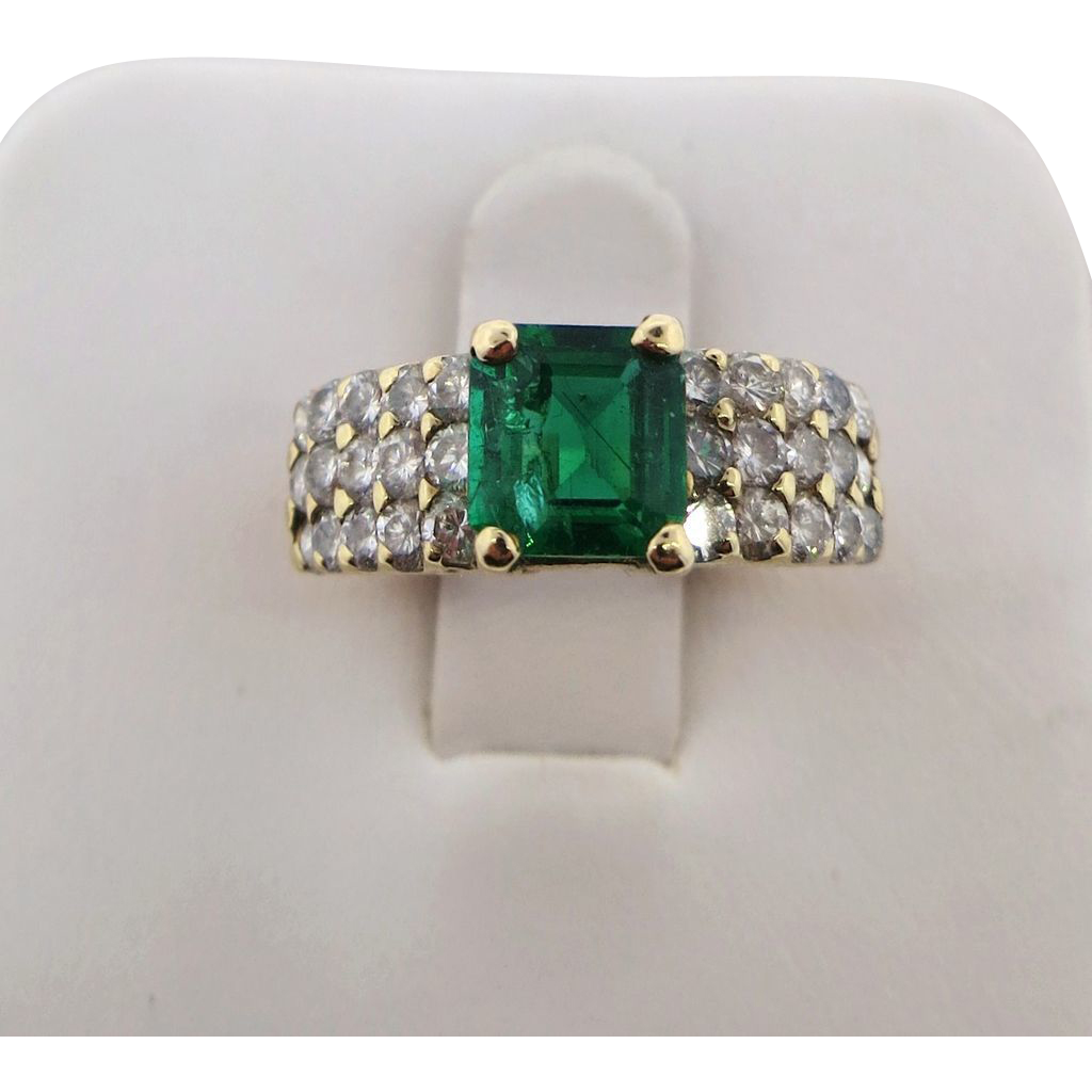 Lovely Emerald & Diamond 14K Yellow Gold Lady's Ring