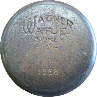Cast Iron Wagner Ware Hot Pot - 1368