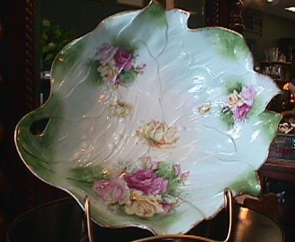 R S RS Prussia Leaf Mold Bowl
