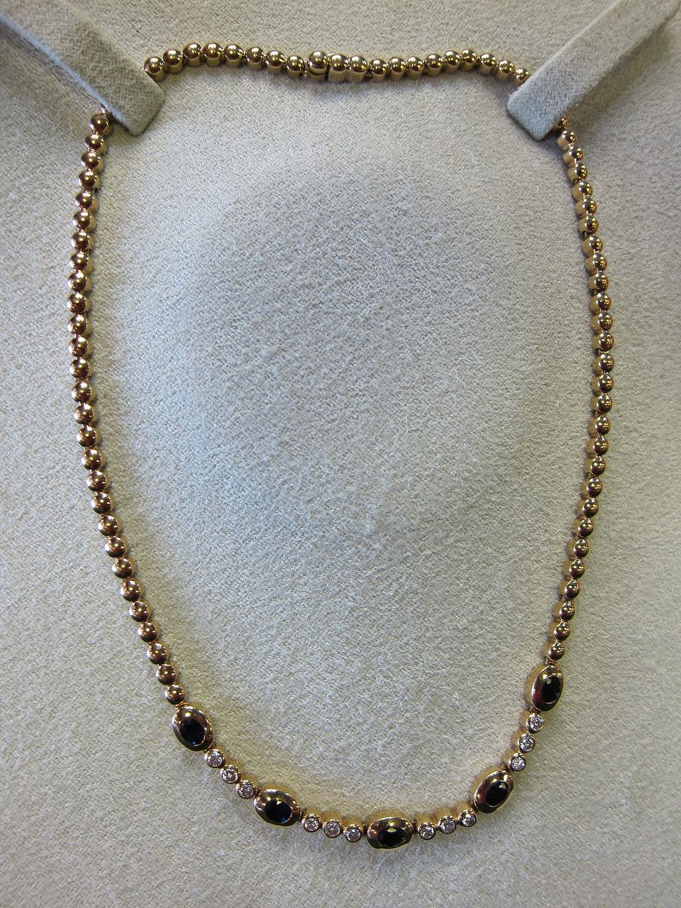 Lady's 14 KT VS Diamond & Sapphire 18 Inch Necklace