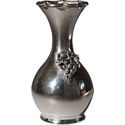 800 Silver bud vase with applied grapes and leaves