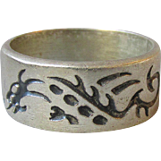 Mexico Vintage Sterling Silver Band Ring with DRAGONS, Size 7.5