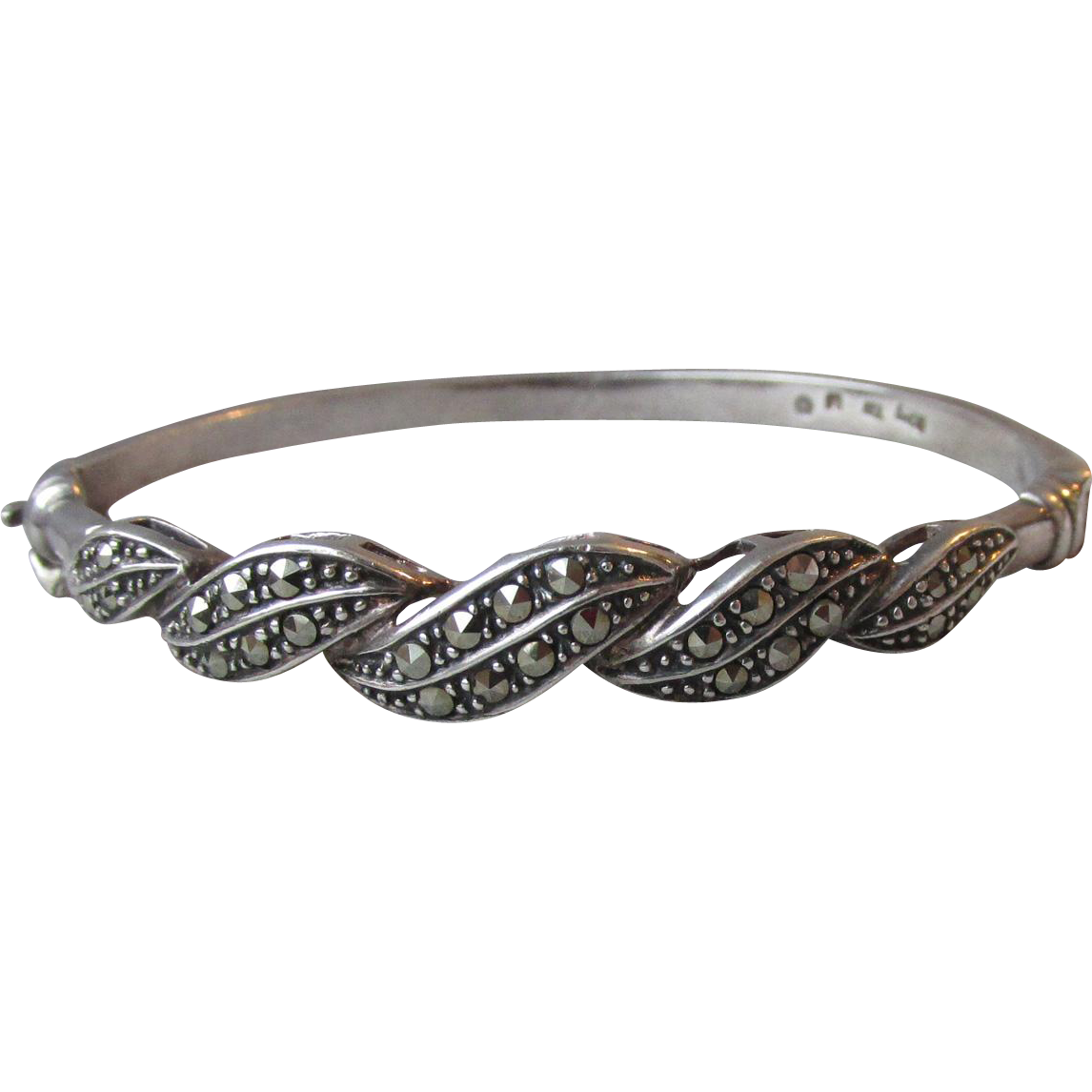 "Pretty 1980's Vintage Sterling Silver & Marcasite Hinged Bangle Bracelet, Size 6 1/2"" SMALL"