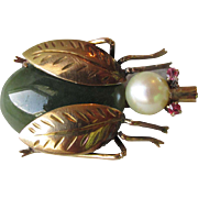 1960's Vintage 14k Gold, Jade, Cultured Pearl & Ruby BEE Bug Pin