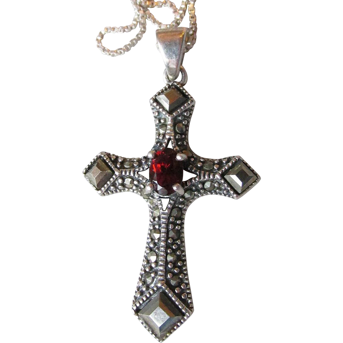 Lovely Vintage Sterling Silver Marcasite Amp Garnet Cross
