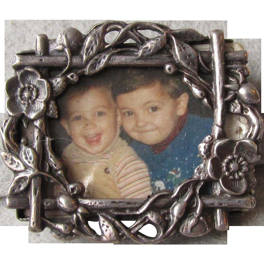 Vintage Floral Garden Gate Sterling Silver Miniature Picture Frame Pin Brooch