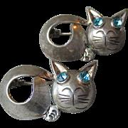 Rare PAIR Vintage Mexico Sterling Silver Signed Horacio de la Parra Modernist CAT Pins, Blue Rhinestone Eyes