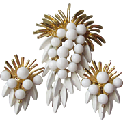 White Enamel & Glass Cabochon Modernist Grape or Pineapple Pin & Clip Earrings Set, Vintage 1960's Demi Parure