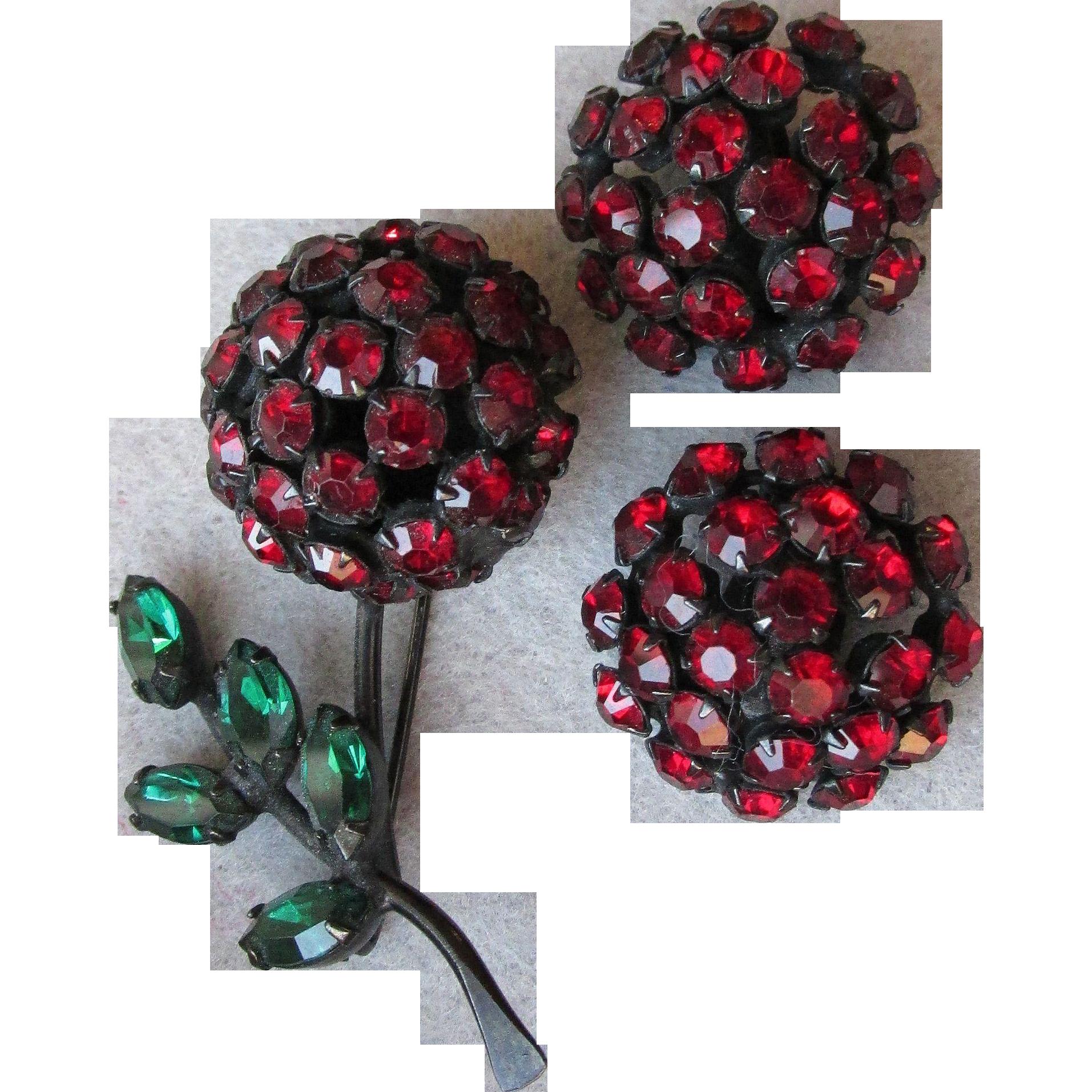 Signed WARNER Vintage Red Rhinestone Black Enamel Japanned Flower Pin & Earrings Set