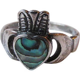 Dainty Vintage Sterling Silver & Abalone Irish Claddagh Ring, Size 4.5
