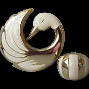 Vintage Ivory Enamel Gold Tone SWAN Brooch with Ring Set