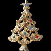 Pretty Vintage 1960's Rhinestone Christmas Tree Pin