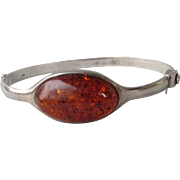Vintage Sterling Silver Baltic Honey Amber Hinged Bangle Bracelet, Size Small