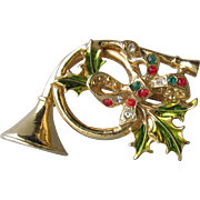 1960's Vintage Signed AVANTE French Horn with Holly Rhinestone Bow Christmas Pin
