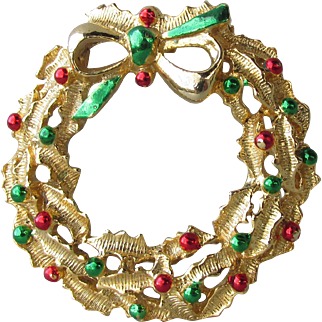 Vintage 1960's Signed GERRY'S Enamel Gold-Tone Christmas Wreath Pin