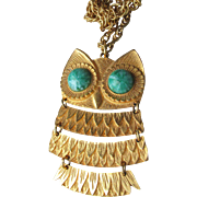 CUTE Vintage 1970's Articulated OWL Pendant Necklace, Faux Jade Peking Glass Eyes