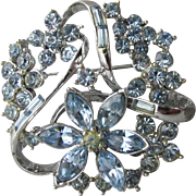 Pretty 1950's Signed CORO Baby Blue Rhinestone Silver-Tone FLoWeR Pin