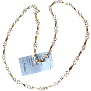New With Tag 1980's Vintage RICHELIEU Faux Pearl Cluster Gold Tone Bar Link Necklace