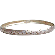 Italian Vintage Sterling Silver Etched Thin Bangle Bracelet