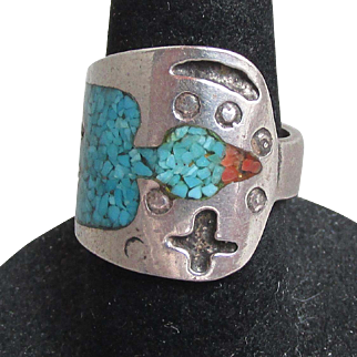 Great Vintage Native American Navajo Sterling Silver Turquoise & Coral Chip THUNDERBIRD Wrap Ring, Size 5